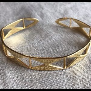 Barney's NY Outlet - Golden Cuff